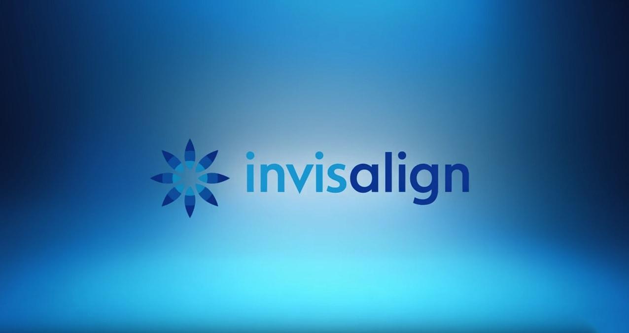 Invisalign Issaquah, WA - Banner image with Invisalign's logo